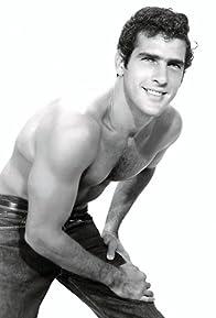 Primary photo for Andrés García