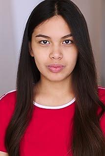 Victoria Montoya Picture
