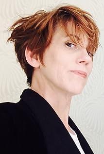 Karen Walton Picture