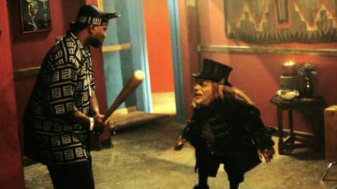 Warwick Davis and Page Kennedy in Leprechaun: Back 2 tha Hood (2003)