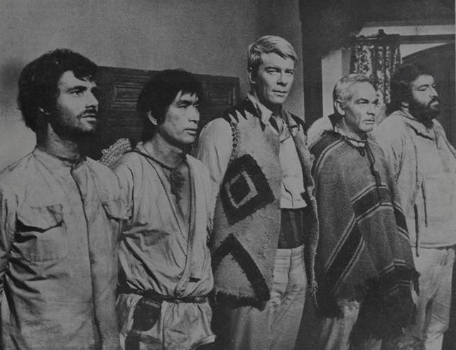 Nino Castelnuovo, James Daly, Peter Graves, Bud Spencer, and Tetsurô Tanba in Un esercito di 5 uomini (1969)