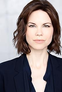 Mariana Klaveno Picture