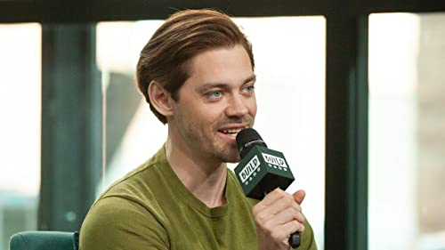 "BUILD: Tom Payne Compares ""The Walking Dead"" Character to Role on ""Prodigal Son"""