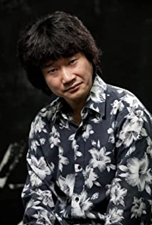 Lee Dong-yong Picture