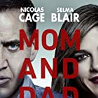 Nicolas Cage and Selma Blair in Mom and Dad (2017)