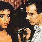 Mathilda May and Pierre Arditi in La passerelle (1988)