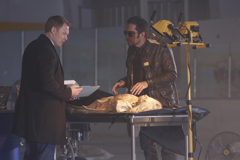 Enrique Murciano and Diego Klattenhoff in The Blacklist (2013)