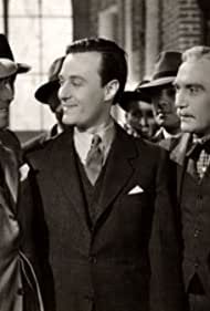 Carlos Fioriti, Roberto Fugazot, Ernesto Raquén, and Domingo Sapelli in El hijo del barrio (1940)