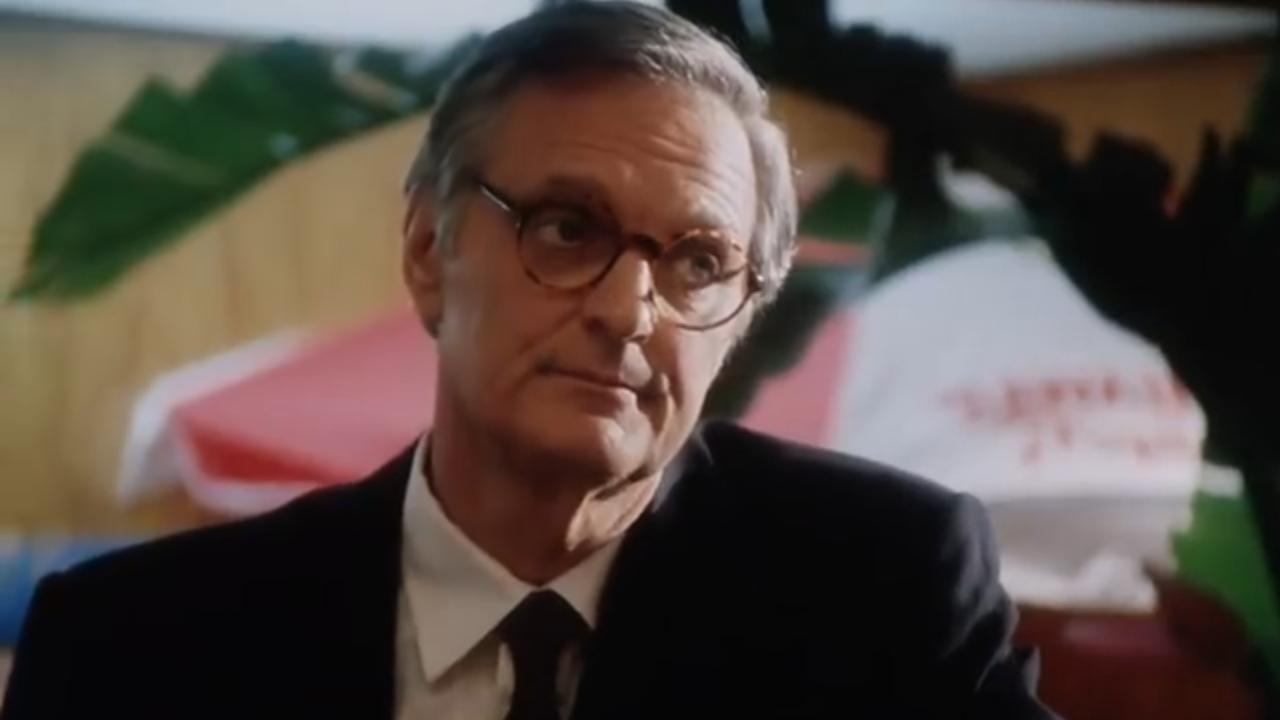 Alan Alda in White Mile (1994)