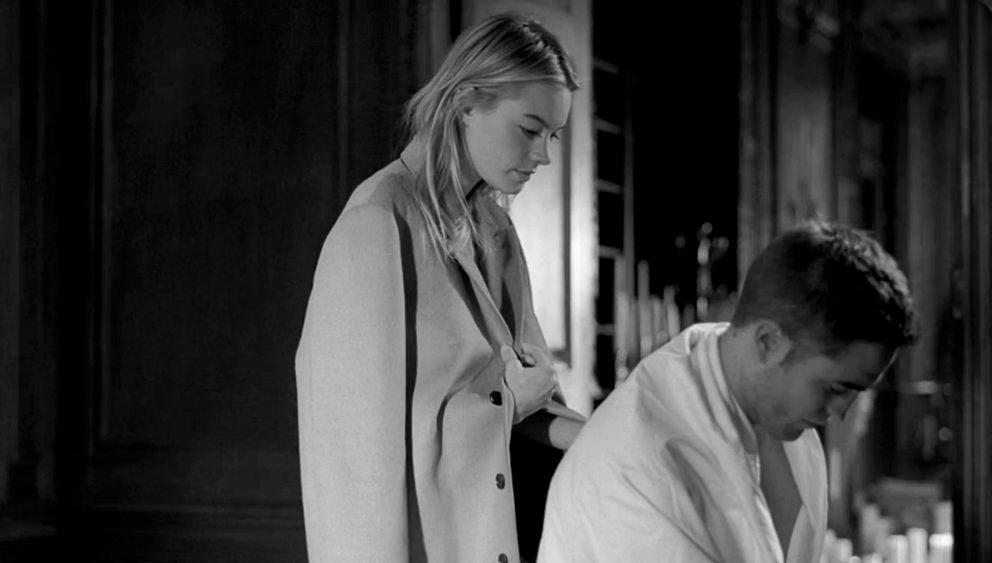 Camille Rowe dating Robert Pattinson