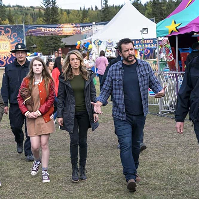 Jason Jones, Brian Martell, Natalie Zea, Ashley Gerasimovich, and Liam Carroll in The Detour (2016)