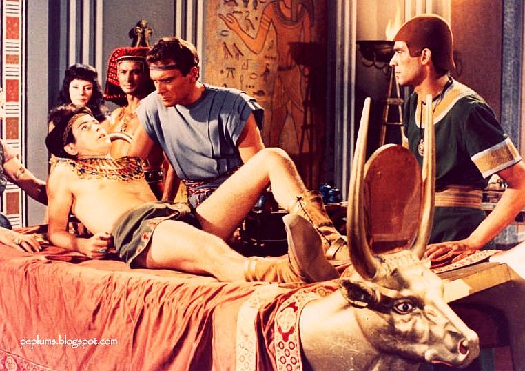 Ettore Manni and Corrado Pani in Il sepolcro dei re (1960)