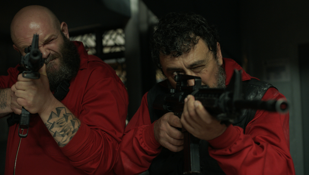 Paco Tous and Darko Peric in La casa de papel (2017)
