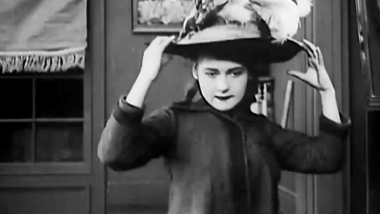 Mary Pickford in The New York Hat (1912)