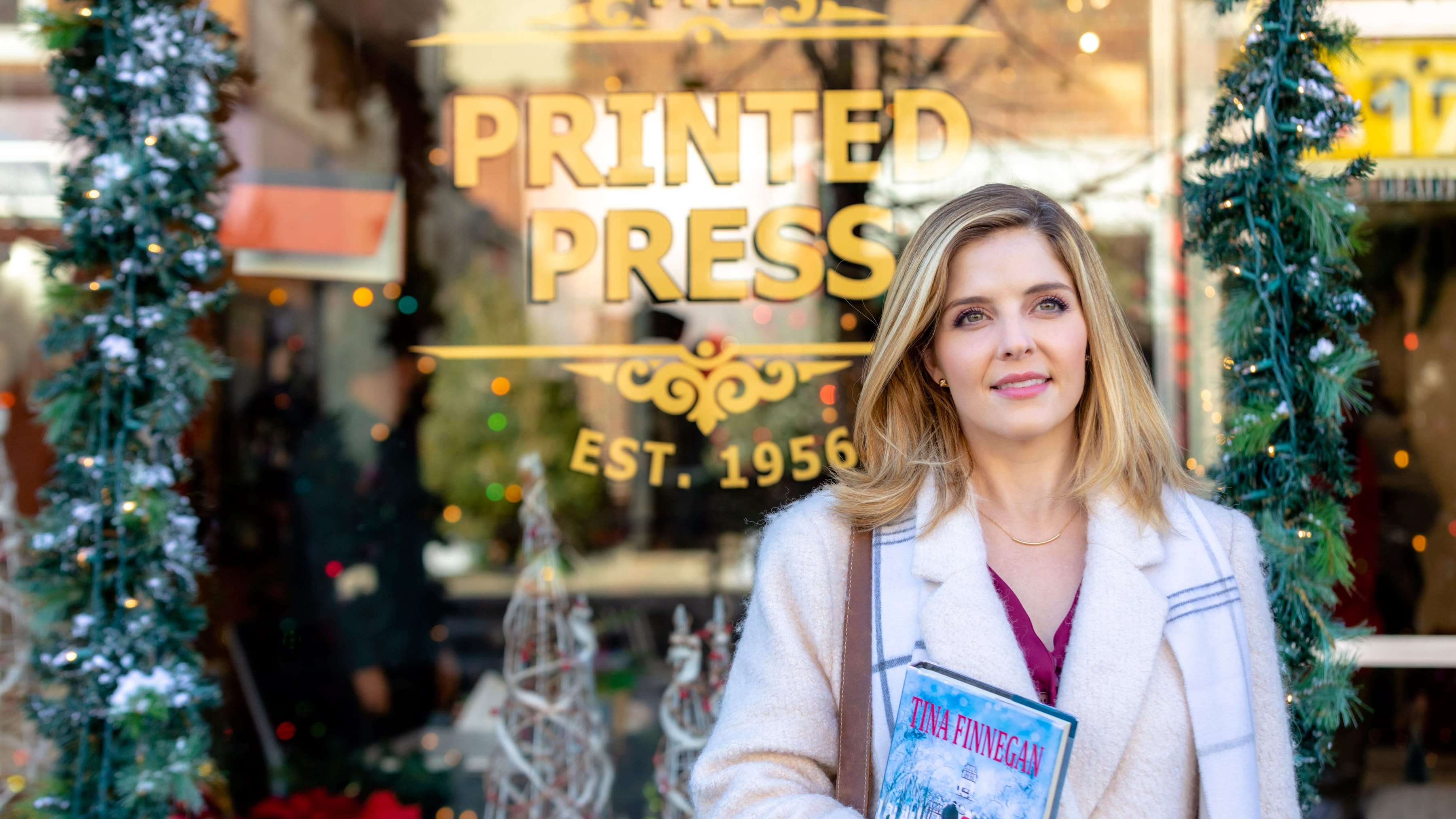 Jen Lilley in Angel Falls: A Novel Holiday (2019)