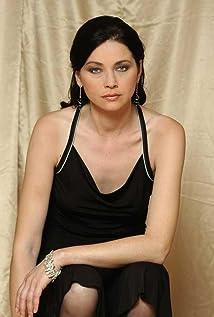 Diana Dumbrava Picture
