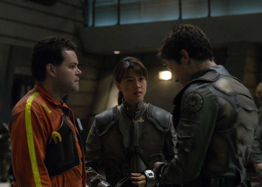 Aaron Douglas, Grace Park, and Michael Trucco in Battlestar Galactica (2004)