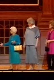 Estelle Getty, Rue McClanahan, Bea Arthur, Ronnie Corbett, and Betty White in The Royal Variety Performance 1988 (1988)