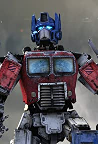 Primary photo for Optimus Prime in Titanfall