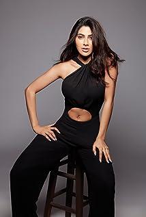 Nikki Tamboli Picture