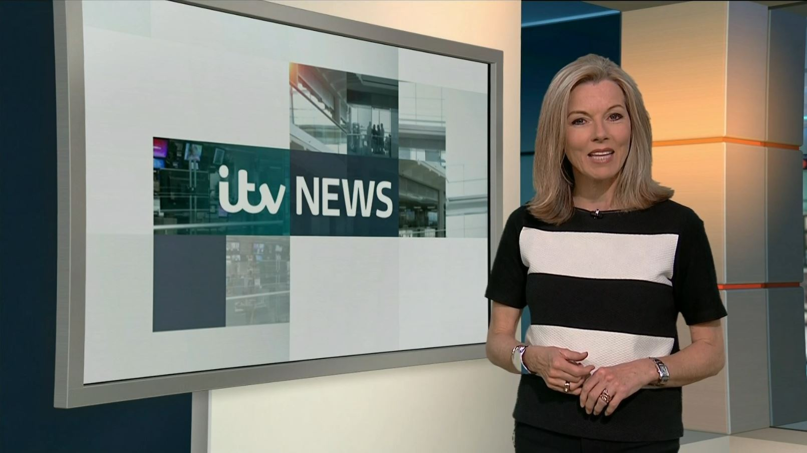 Mary Nightingale in ITV Evening News (1999)