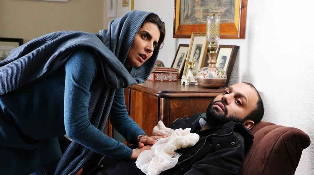Leila Hatami and Saber Abar in Hekayat-e darya (2018)