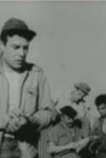 Turgut Özatay Picture
