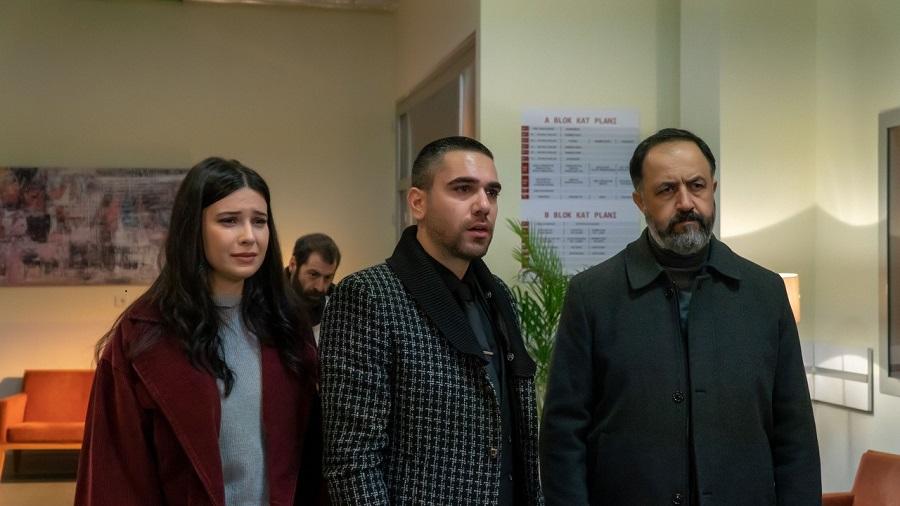 Mehmet Özgür, Kadir Dogulu, and Devrim Özkan in Vuslat (2019)