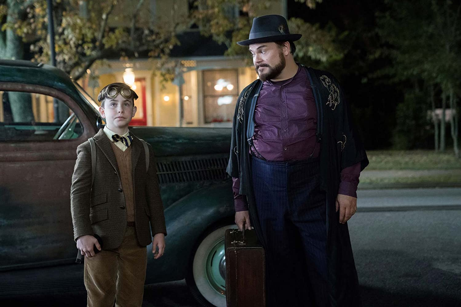 Jack Black and Owen Vaccaro in The House with a Clock in Its Walls (2018)
