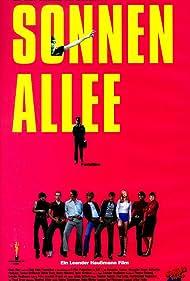 Alexander Beyer, Detlev Buck, Patrick Güldenberg, Elena Meißner, Martin Moeller, David Müller, Alexander Scheer, Robert Stadlober, and Teresa Weißbach in Sonnenallee (1999)