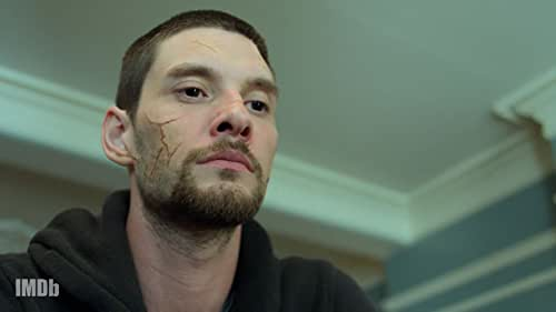 """Ben Barnes on """"The Punisher"""" Season 2 and How Jon Bernthal Says, """"I Love You"""""""