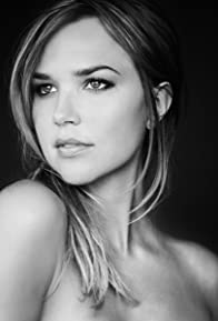 Primary photo for Arielle Kebbel