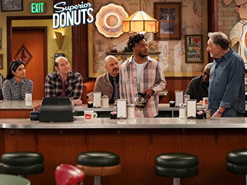 Judd Hirsch, Maz Jobrani, David Koechner, Jermaine Fowler, Rell Battle, and Diane Guerrero in Superior Donuts (2017)