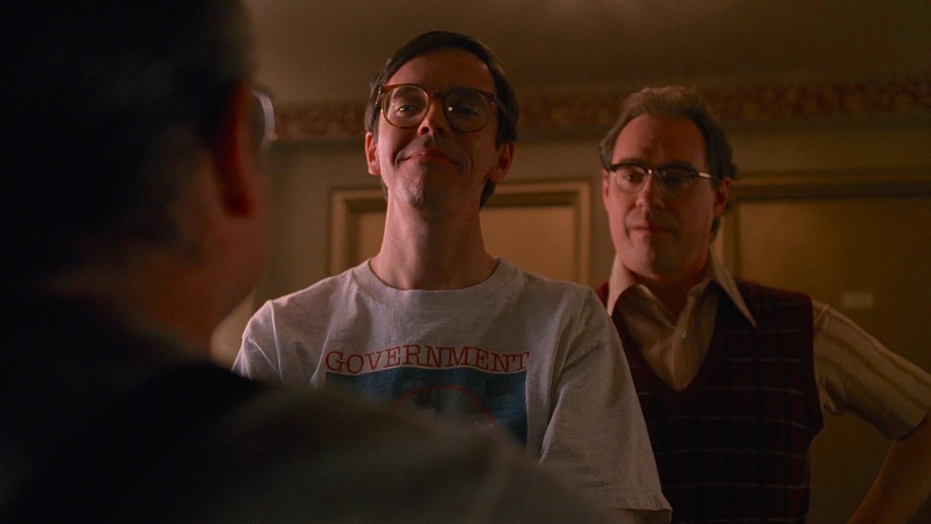 John Billingsley and Jim Fyfe in The X Files (1993)