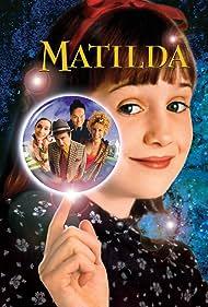 Danny DeVito, Embeth Davidtz, Pam Ferris, Rhea Perlman, and Mara Wilson in Matilda (1996)