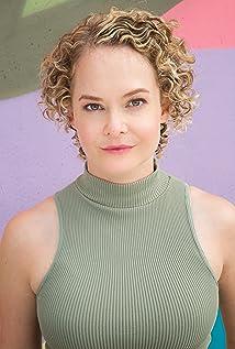 Kelly Klein Picture
