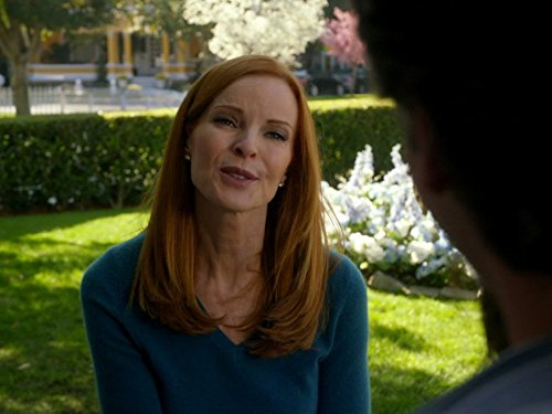 Marcia Cross in Desperate Housewives (2004)