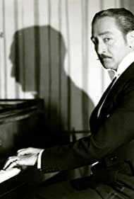 Adolphe Menjou in Fashions in Love (1929)