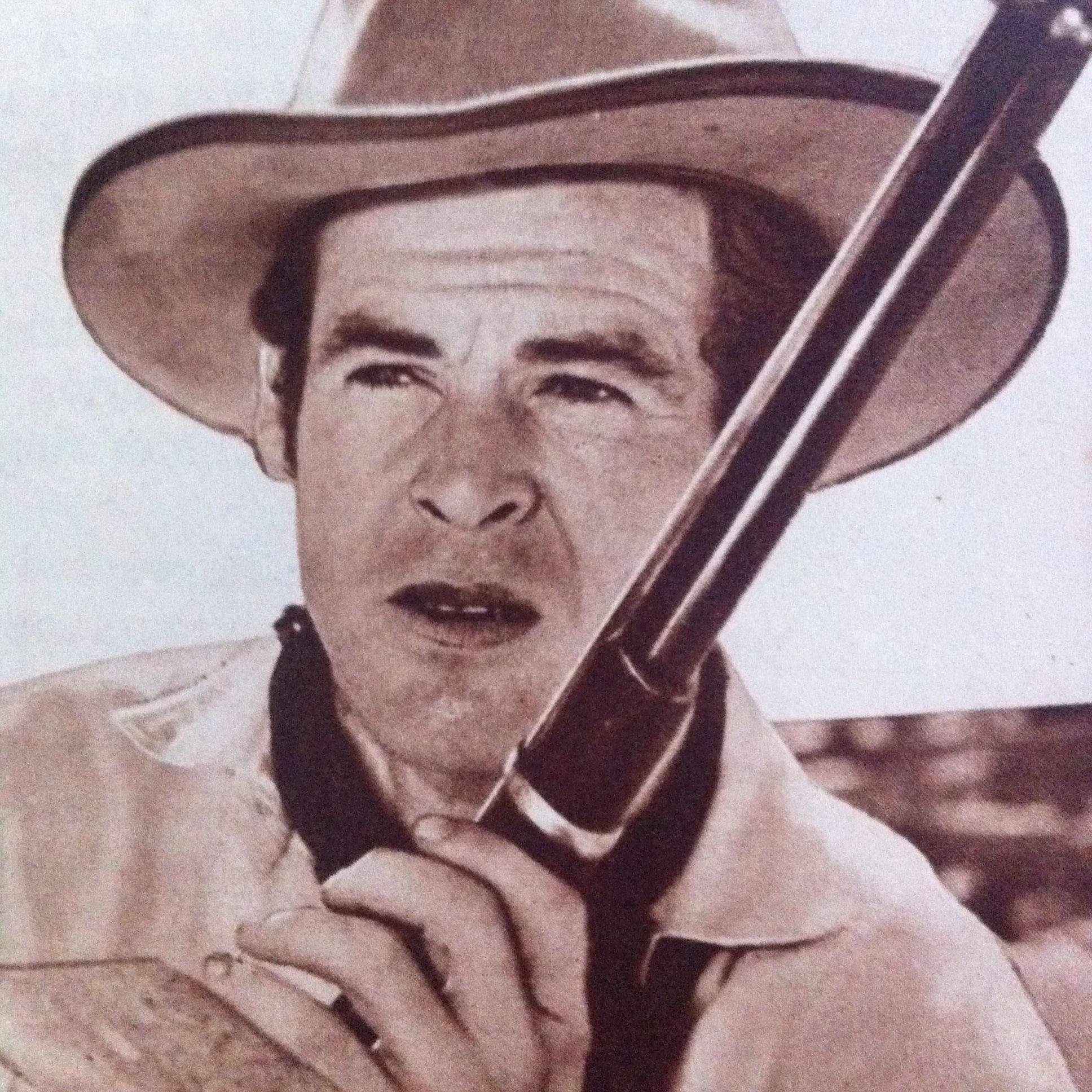 Robert Ryan in Trail Street (1947)