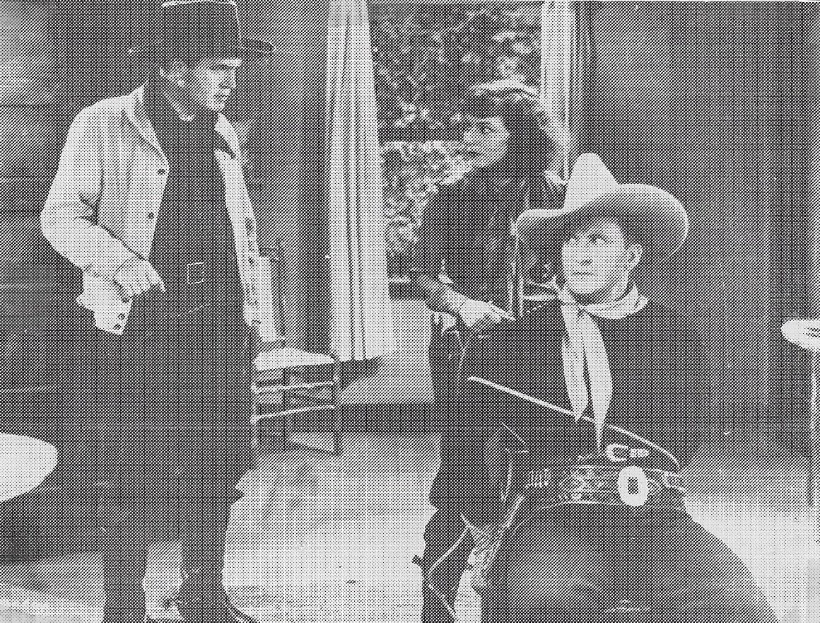 Tim McCoy, Dorothy Burgess, and Rockliffe Fellowes in Rusty Rides Alone (1933)