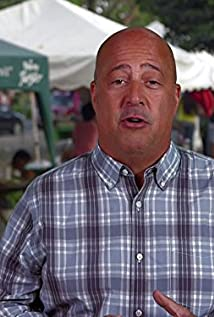 Andrew Zimmern Picture
