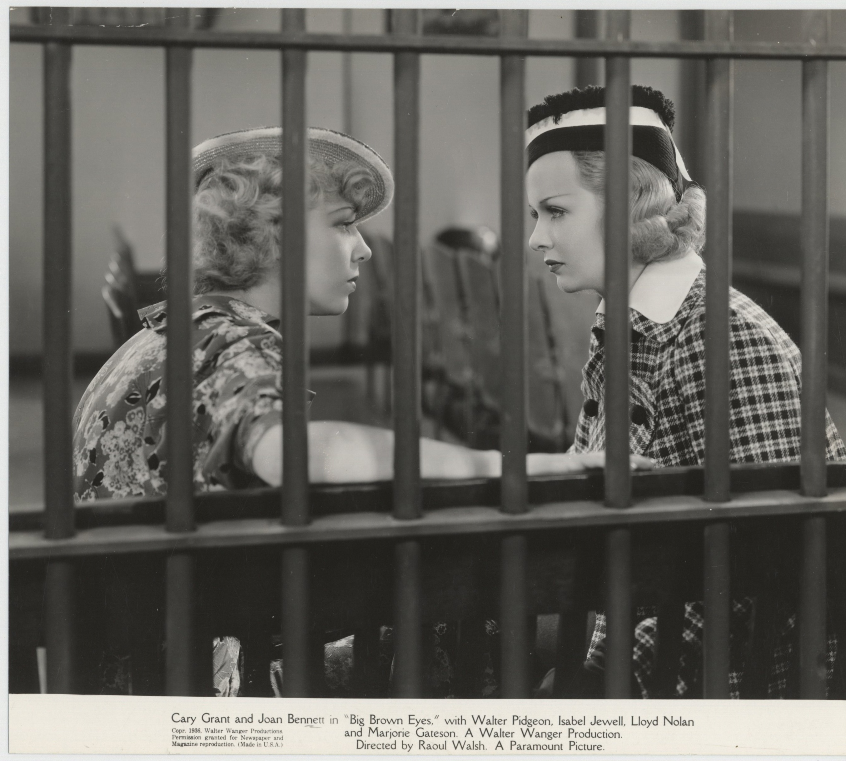 Joan Bennett and Isabel Jewell in Big Brown Eyes (1936)