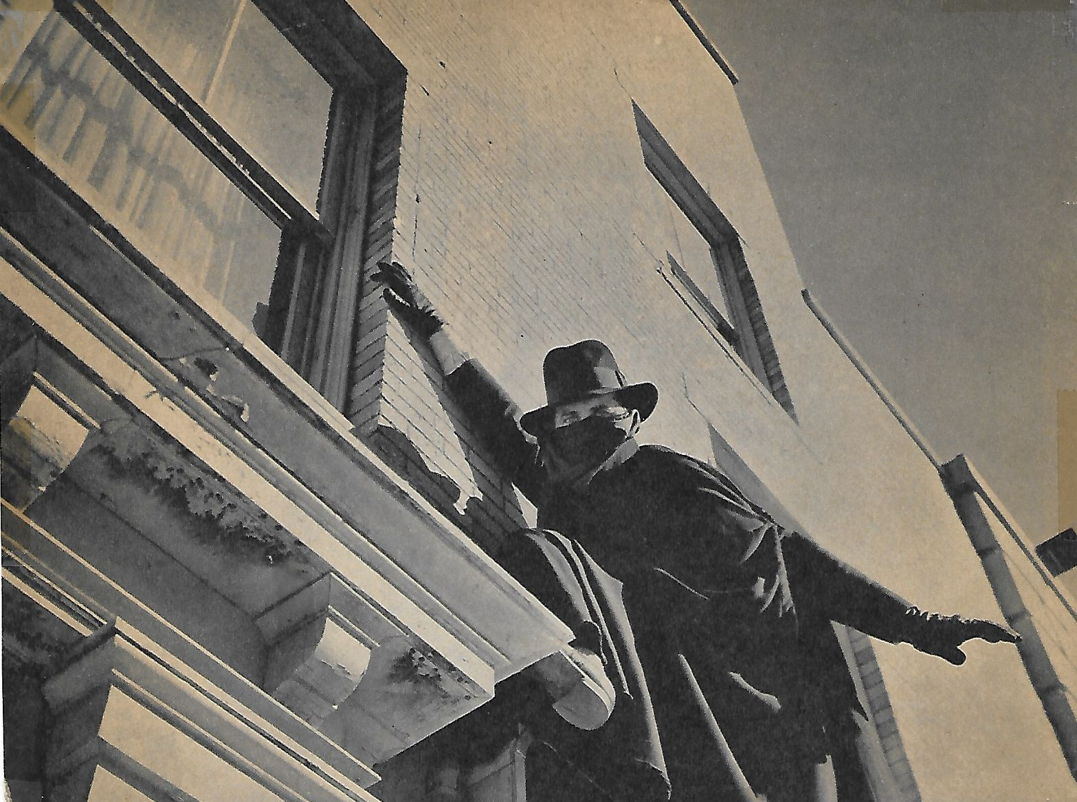 Victor Jory in The Shadow (1940)