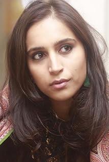 Zoya Hussain Picture