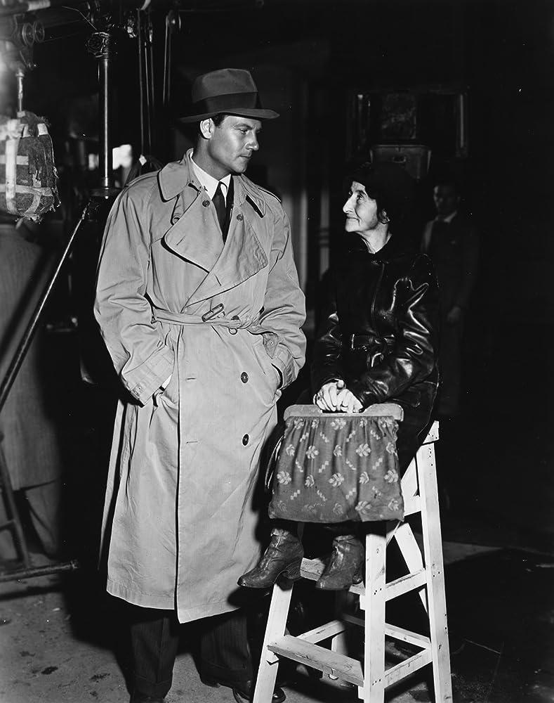 Tiny Jones and Joel McCrea in Adventure in Manhattan (1936)