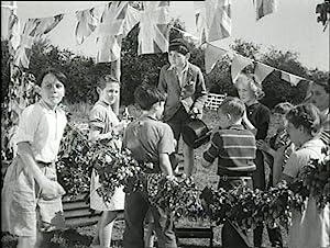 Adventure in the Hopfields (1954)