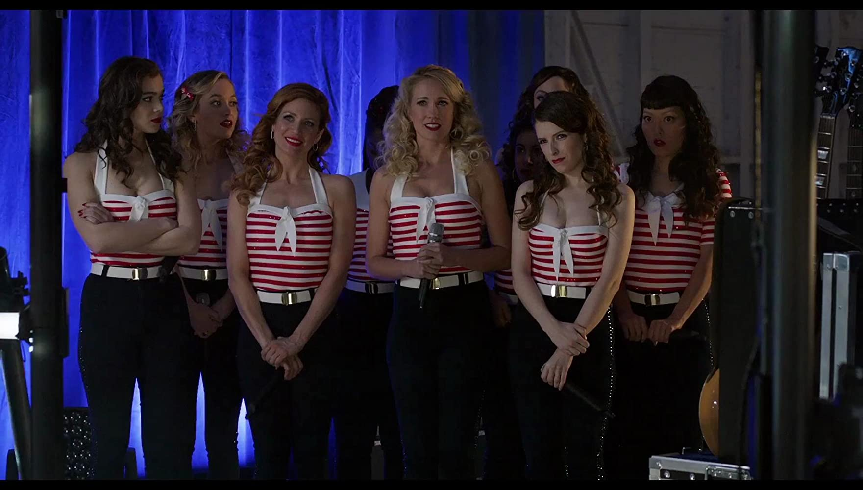 Anna Kendrick, Brittany Snow, Anna Camp, Hana Mae Lee, Hailee Steinfeld, and Kelley Jakle in Pitch Perfect 3 (2017)