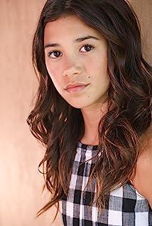 Scarlett Estevez Picture