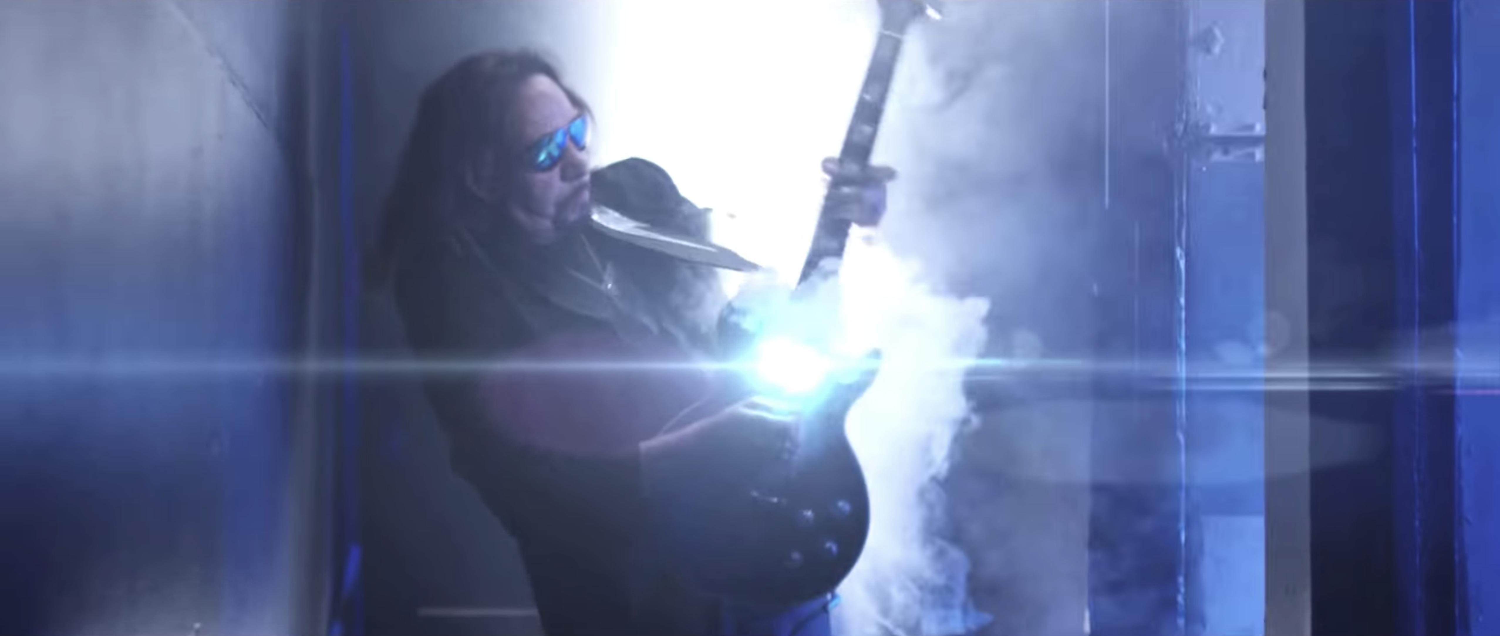 Ace Frehley in Ace Frehley feat. Paul Stanley: Fire and Water (2016)