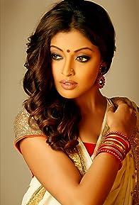 Primary photo for Tanushree Dutta
